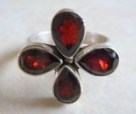 Stunning Sterling Silver And Garnet Ring